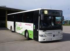 Les cartes de bus sont disponibles en mairie.